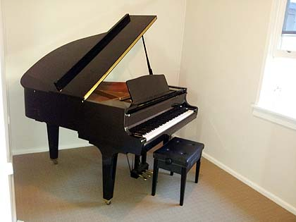 Sydney piano movers photo gallery for Smallest baby grand piano dimensions